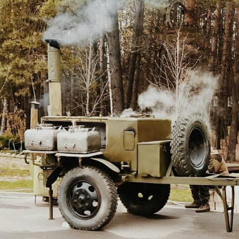 Военно-полевая кухня на мероприятие: преимущества аренды